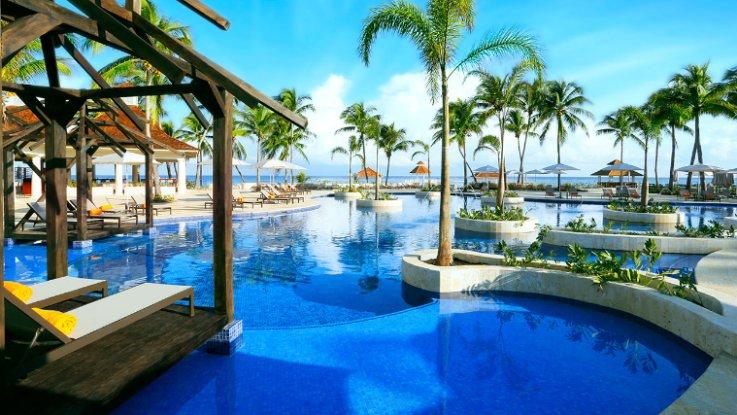 Montego Bay Infinity Pool.png